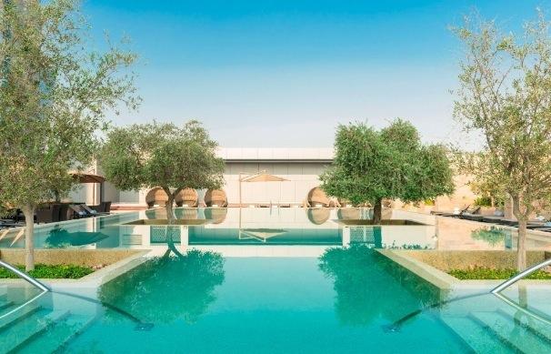 1 Woche Abu Dhabi im 4* Hotel inkl. Frühstück, Flug, Rail&Fly und Transfer ab 519€