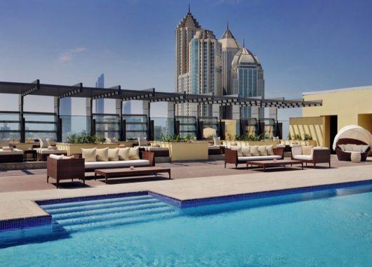 Frühbucher: 1 Woche Abu Dhabi im Deluxe Zimmer eines 4* Hotel inkl. Frühstück, Flug & Transfer ab 636€