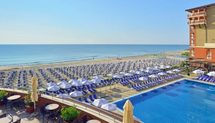 1 Woche Bulgarien im 4* Award-Hotel mit All In, Flug, Rail&Fly und Transfer ab 378€