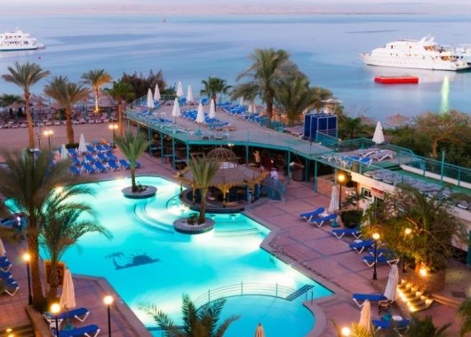 Eine Woche Hurghada im 3,5* Hotel mit All In, Flug, Rail&Fly und Transfer ab 182€