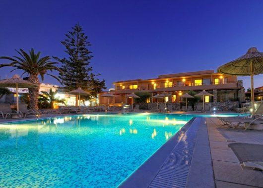 1 Woche Kreta im 4* Hotel mit All In, Flug, Rail&Fly und Transfer ab 466€
