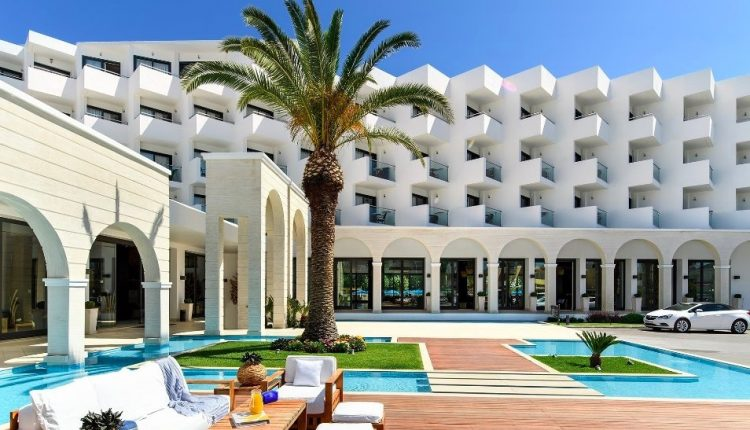 Ende April: Eine Woche Rhodos im 5* Hotel mit Meerblick, All In, Flug, Rail&Fly u. Transfer ab 449€