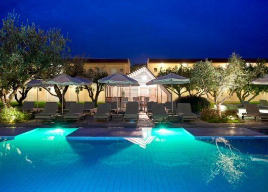 Eine Woche Rhodos im 4* Hotel inkl. HP, Flug, Rail&Fly und Transfer ab 397€