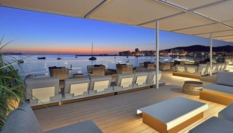 Eine Woche Ibiza im 4* Hotel inkl. HP, Flug, Rail&Fly und Transfer ab 478€