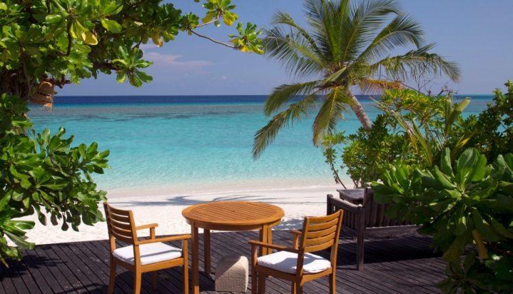 12 Tage Malediven im 4,5* Resort mit Meerblick, All In, Flug und Transfer ab 1972€