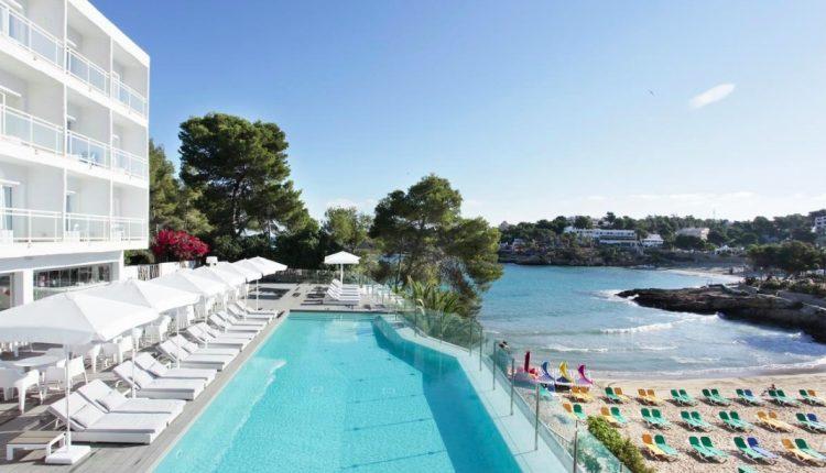 Eine Woche Ibiza im 4* Beach Resort inkl. Frühstück, Flug & Transfer ab 403€