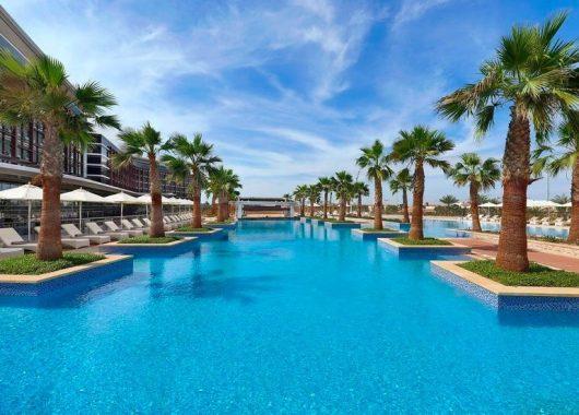 Eine Woche Abu Dhabi im 5* Hotel inkl. Frühstück, Flug, Rail&Fly und Transfer für 433€