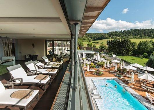 3 Tage 5-Sterne-Wellness in Hessen: Schlosshotel inkl. Halbpension und Massage ab 219€
