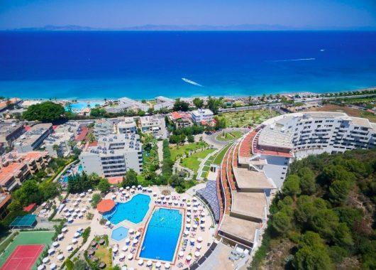 Eine Woche Rhodos im 5* Resort inkl. HP, Flug, Rail&Fly und Transfer ab 460€