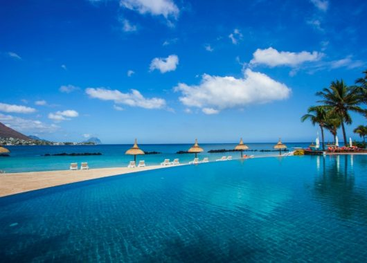 8 Tage Mauritius im 4* Resort inkl. HP, Flug, Rail&Fly und Transfer ab 1192€