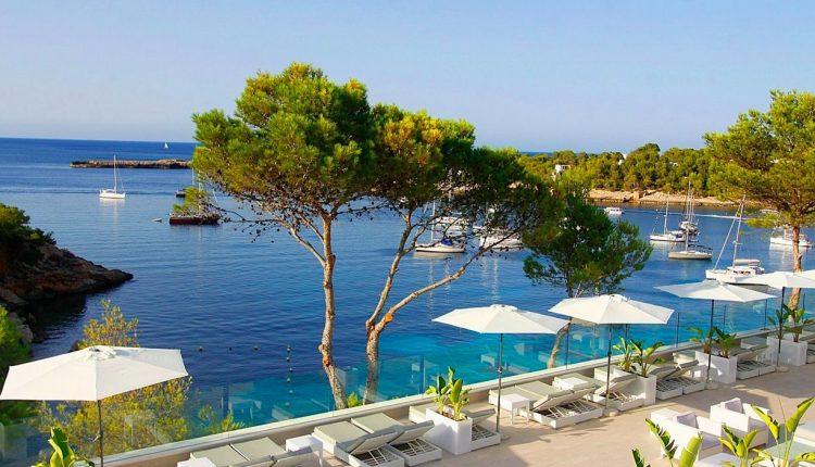 Eine Woche Ibiza im 4* Hotel inkl. HP, Flug, Rail&Fly und Transfer ab 377€