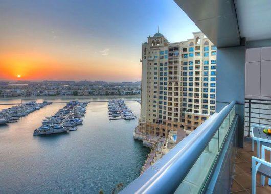 Eine Woche Dubai im 5* Dukes Dubai inkl. Frühstück, Flug, Rail&Fly und Transfer ab 450€