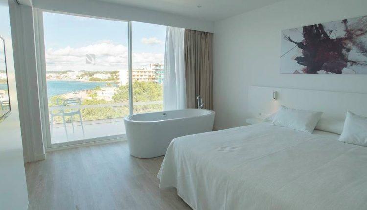 Frühbucher: Eine Woche Ibiza im neuen & gut bewerteten 4* Hotel inkl. Frühstück und Flug ab 381€