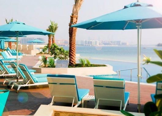 The Palm Jumeirah: Eine Woche Dubai im 4* Hotel inkl. HP, Flug, Rail&Fly u. Transfer ab 683€