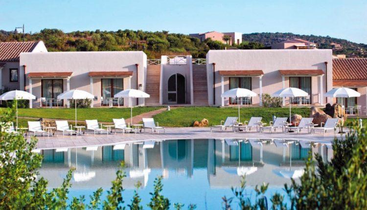 1 Woche Sardinien im 4* Hotel inkl. HP und Flug ab 357€