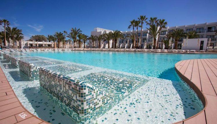 Eine Woche Ibiza im 5* Award-Hotel mit All Inclusive und Flug ab 467€