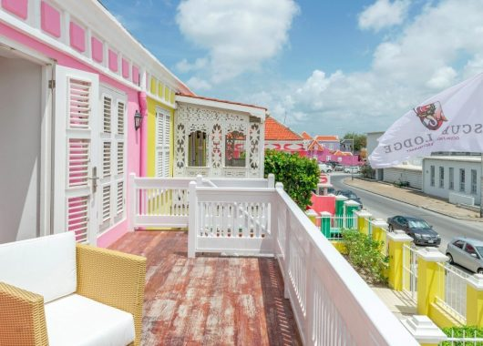 Wintertraum: 1 Woche Curaçao im 4* Hotel inkl. Frühstück, Flug, Rail&Fly und Transfer ab 1074€