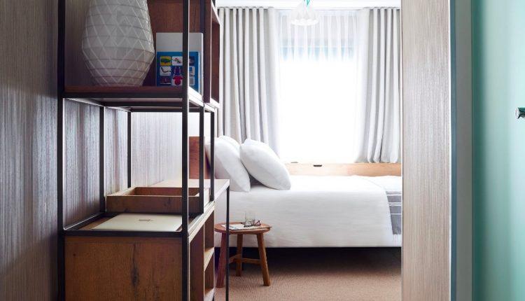 4 Tage London im schwimmenden 4* Hotel & Flug ab 166€