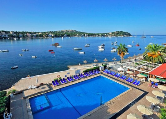 Last Minute: Eine Woche Santa Ponsa im 3* Apartment inkl. Flug & Transfer ab 213€