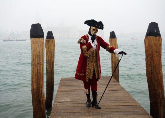 Reisebericht Karneval in Venedig: Grachten, Masken und Kostüme