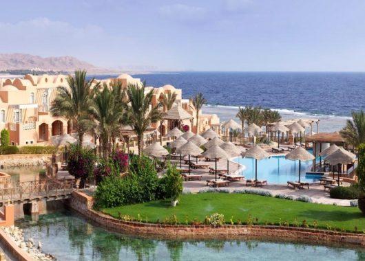 Last Minute: 1 Woche El Quseir im 4,5* Resort mit All In, Flug und Transfer ab 368€