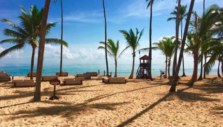 Last Minute: 2 Wochen DomRep im 5* Resort mit All In, Flug, Rail&Fly und Transfer ab 872€