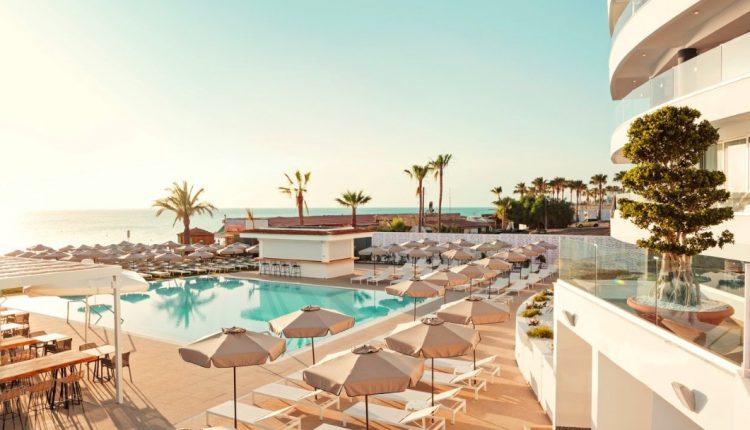 Eine Woche Teneriffa in einer 4* Junior Suite inkl. Frühstück, Flug & Transfer ab 426€