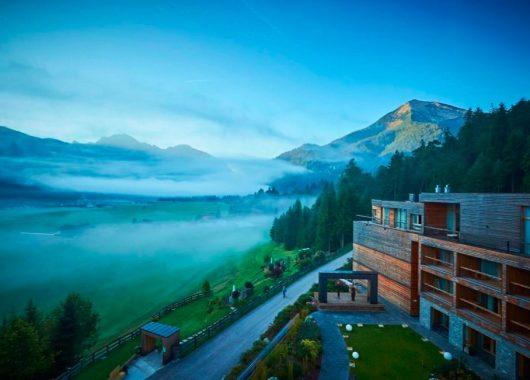 Tiroler Achensee: 3 Tage im 4,5* Hotel mit Halbpension und Wellness ab 296€