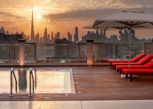 Last Minute: 1 Woche Dubai im neuen 4* Hotel inkl. Frühstück, Flug, Rail&Fly und Transfer ab 495€