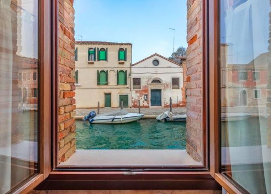Venedig direkt am Kanal: 4 Tage im 4* Hotel mit Flug ab 114€