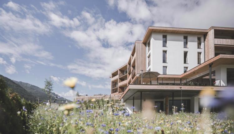 3 Tage Südtirol im 4* Aparthotel inkl. 5-Gänge-Frühstücksbrunch, Dinner, Spa & HolidayPass ab 179€