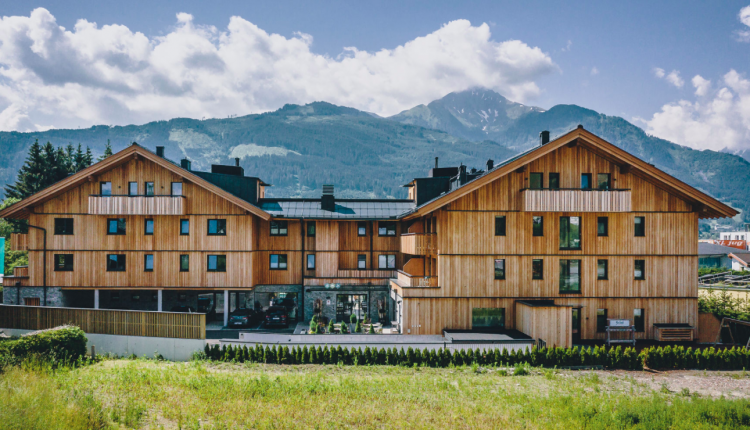 Übernachtung im 4* Elements Resort Zell am See inkl. Halbpension, Spa & Extras ab 75€ p. P.