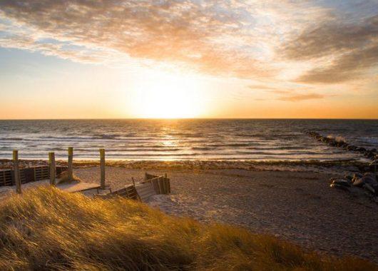 3 bis 6 Tage Kurzurlaub im 4* First-Class Hotel auf Fehmarn direkt am Ostsee Strand ab 104,99€ pro Person