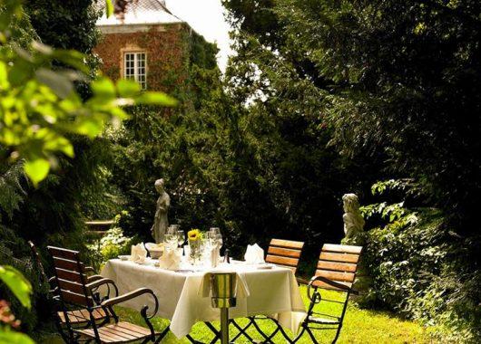 3 bis 4 Tage Erholung an der Südlichen Weinstraße im Schlosshotel inkl. Frühstück und Sauna ab 89,99€ pro Person
